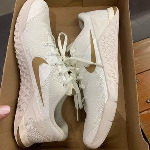 Brand new Nike Metcon 4